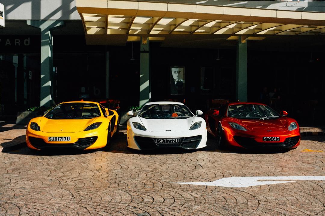 3-car garage