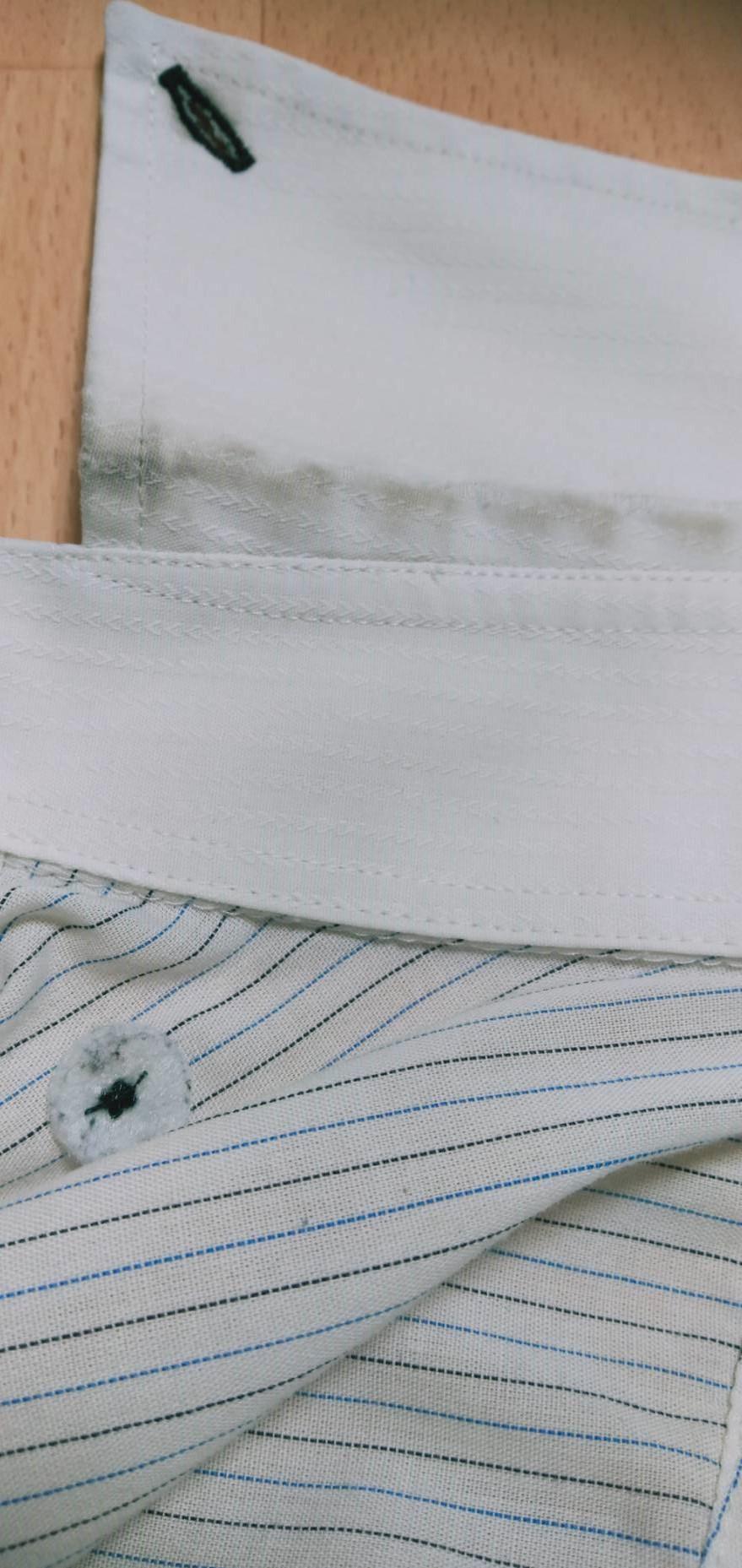 ワイシャツの襟汚れ