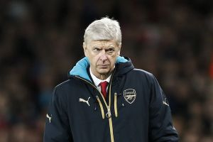 Arsene Wenger is hoping his stars come back to full fitness shortly.