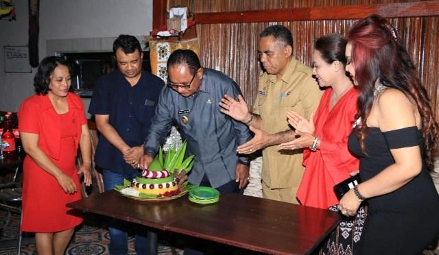 Resto Kelor & Jamur Hadir di Kupang, Diresmikan Wagub Josef