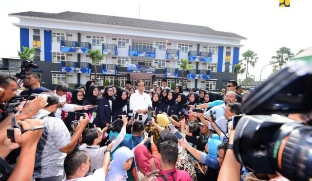 Presiden Jokowi Resmikan Rusun IAIN & STKIP PGRI Tulungagung