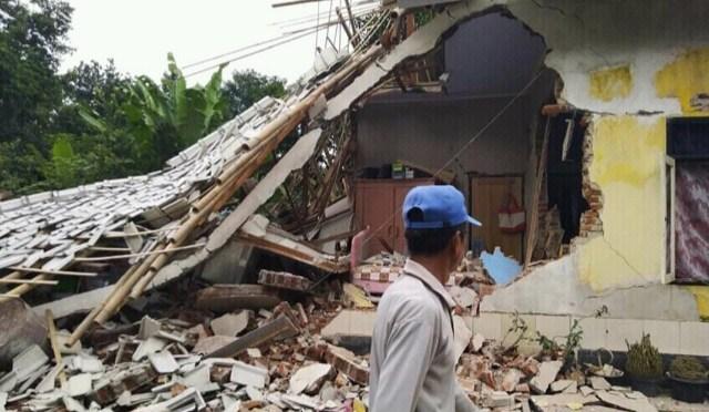 Gempa di Lombok Timur, 2 Orang Tewas & Ratusan Rumah Rusak