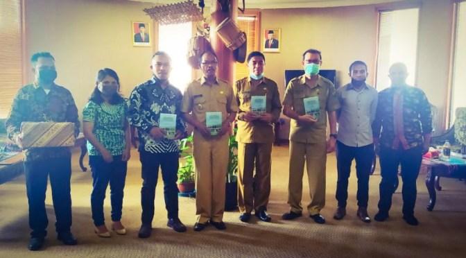 LPPKPD Luncurkan Buku Kajian Simantri Pemda Manggarai