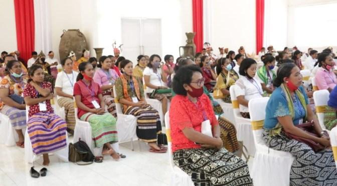 VBL Memotivasi 100 Perempuan Pengusaha Mikro Anggota Coop TLM