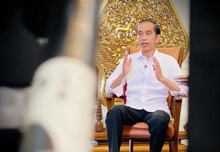 Pertama Terima Vaksin Covid-19, Presiden Jokowi: Vaksin Gratis bagi Masyarakat