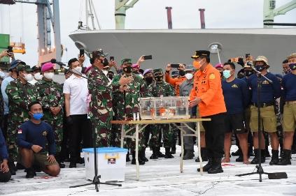 'Black Box' Sriwijaya Air SJ-182 Ditemukan, Pencarian Korban Tetap Lanjut