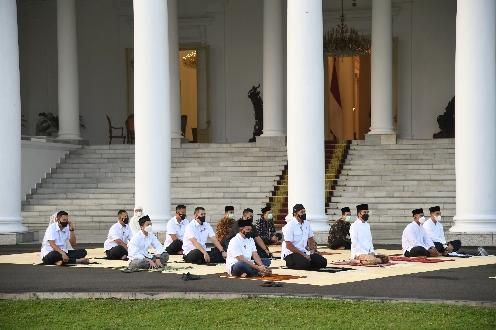 Salat Idulfitri 1442 H di Halaman Istana Bogor, Presiden Ikuti Prokes Ketat