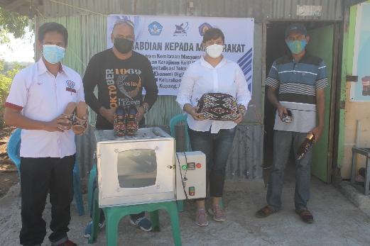 Pakai Teknologi Tepat Guna, PNK Kupang Bantu Elka Estylo Etnik NTT