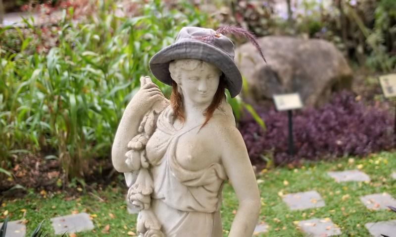 potager garden sculpture