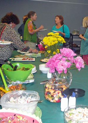 We enjoyed delicious appetizers , salads and desserts.