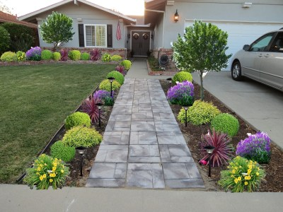 25+ Best Ideas About Front Walkway Landscaping On Pinterest throughout Front Sidewalk Landscaping Ideas