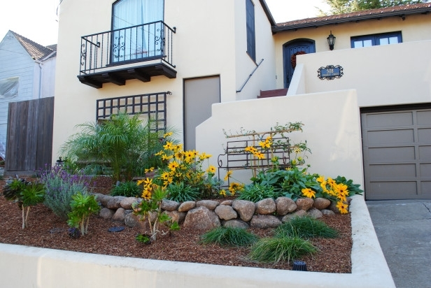 Very Small Front Yard Landscaping Ideas - The Gardening throughout Landscaping Ideas For A Very Small Front Yard