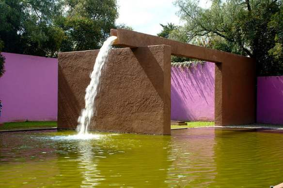 Fuente de los Amantes, by Luis Barragan Photo Esparta Palma