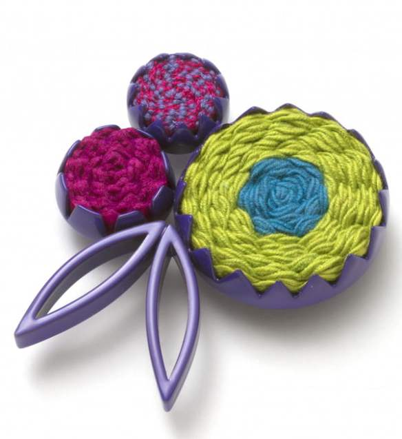 Bouquet spray brooch