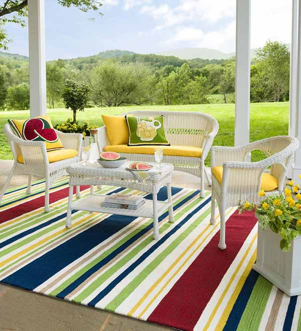7 best outdoor rugs for your porches
