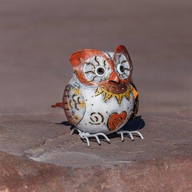 bali-garden-snow-owl