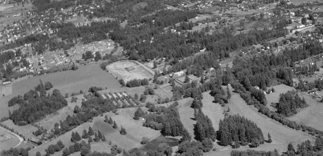 Hunt Club from NW (Portland Golf Club in foreground)