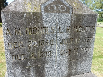 Tombstone of LH and AM Nichols