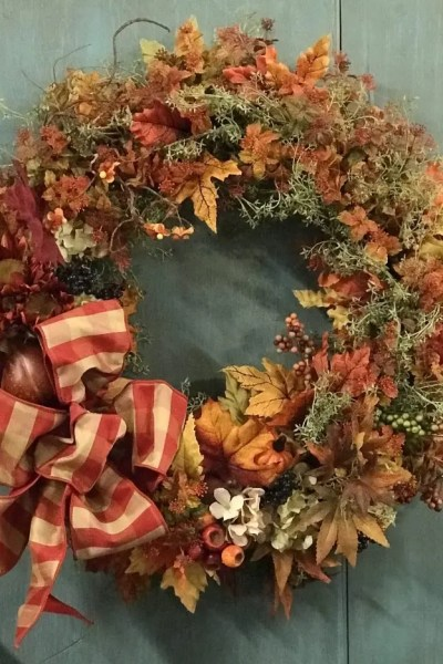 Show Stopping Fall Wreath Round-Up