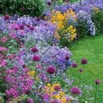 55 Beautiful Flower Garden Design Ideas (48)