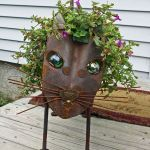 60 Unique DIY Garden Art From Junk Design Ideas (59)