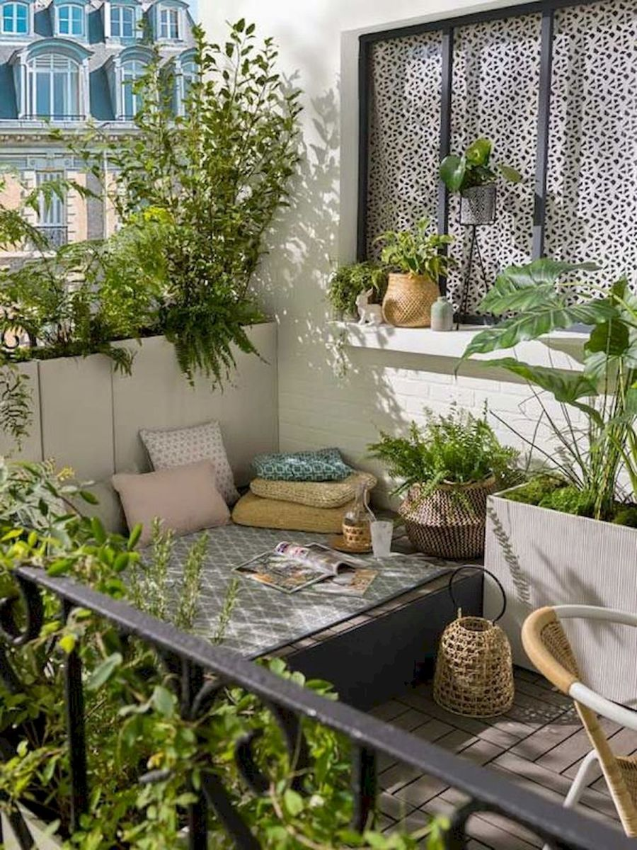 70 Awesome Small Garden Ideas for Apartment (30)