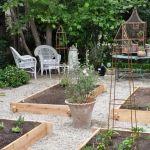 20 Amazing Small Backyard Garden Design Ideas (10)