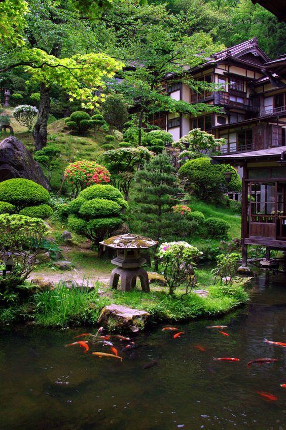 20 Awesome Backyards Japanese Garden Design (17)