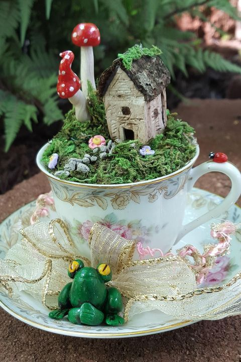 20 Beautiful Fairy Garden Design Ideas (3)
