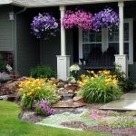 Adorable Flower Bed Designs For Front Of House