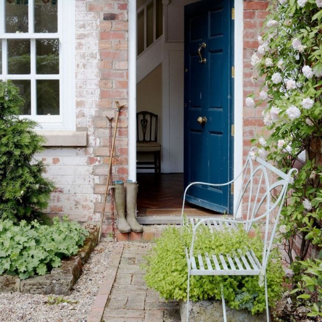 Top small front garden ideas terraced house