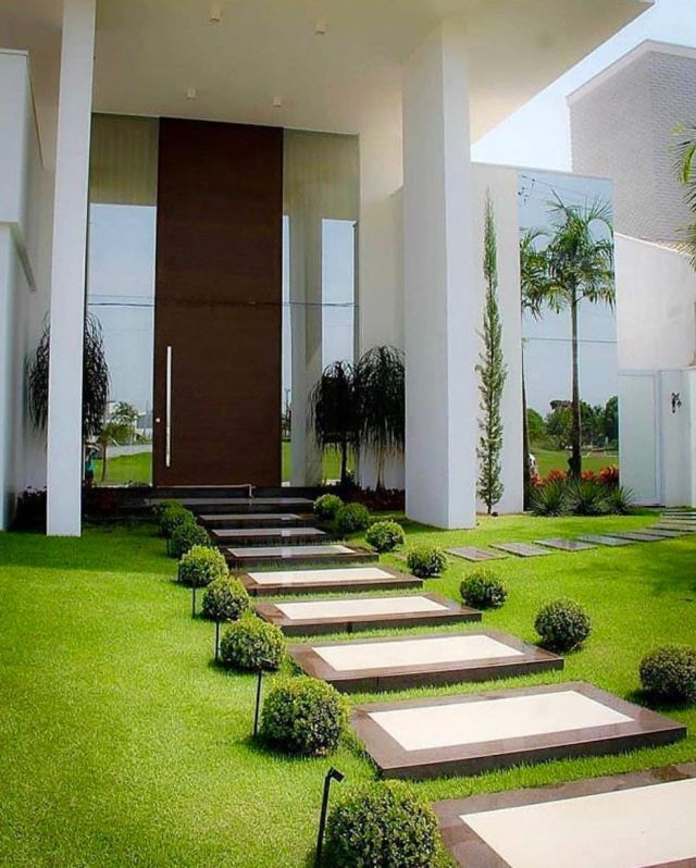Gorgeous modern landscaping ideas for front of house
