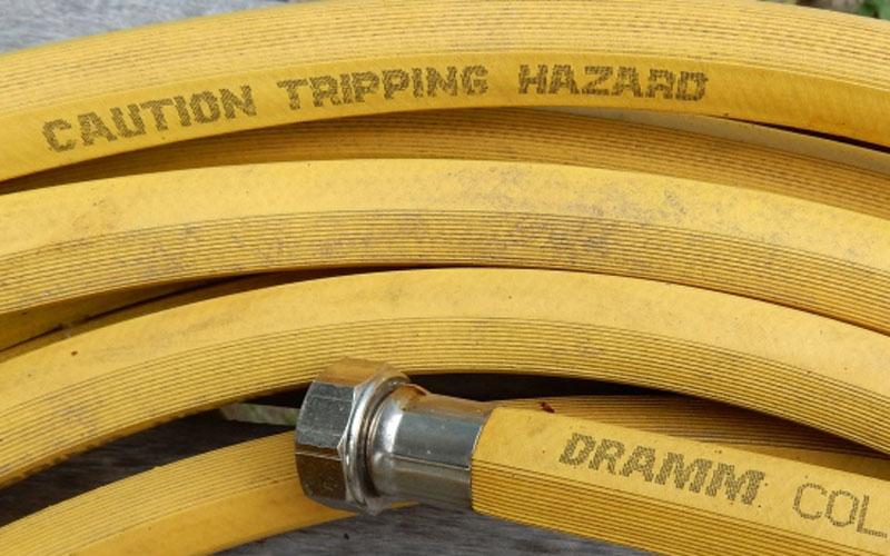 Dramm ColorStorm hose with caution bar