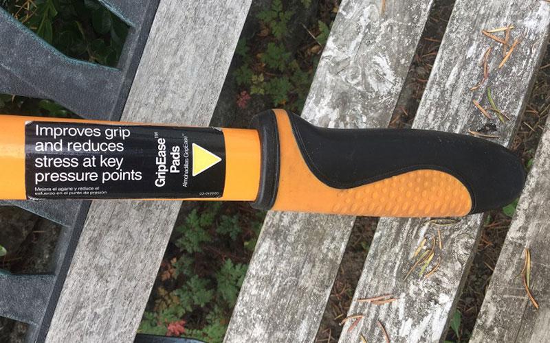 Fiskars Cut-and-Grip Lopper handle pads