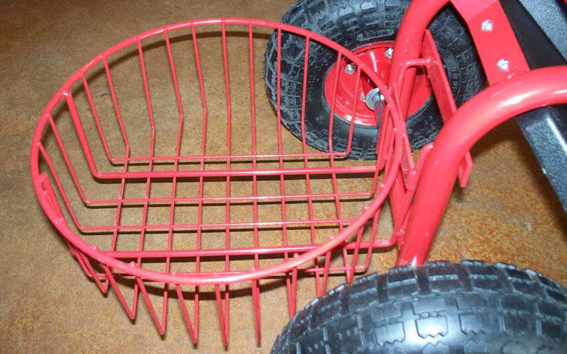 Gardeners Supply tractor scoot bucket basket