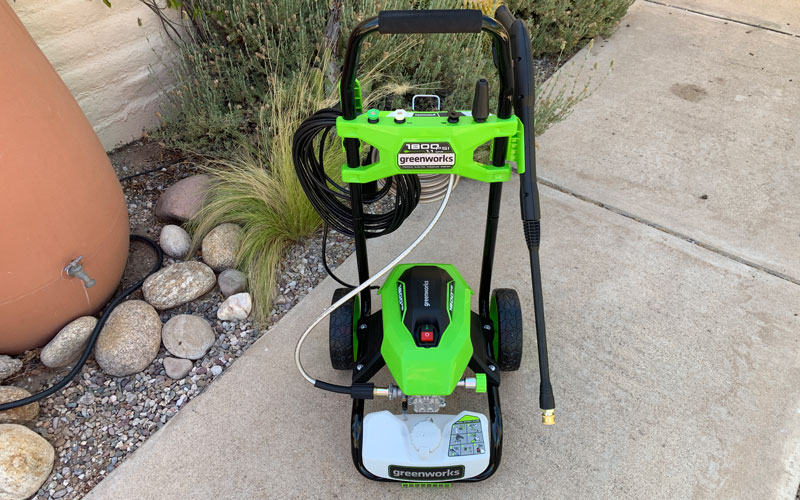 Greenworks-1800-PSI-Pressure-Washer-front-assembled