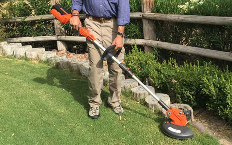 Redback 40V Lithium Ion Cordless String Trimmer Opening Shot