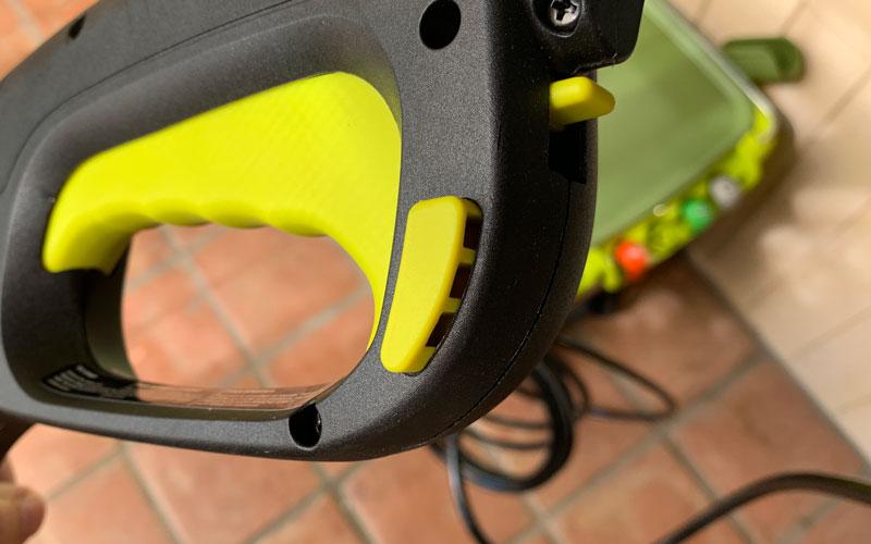 Sun-Joe-Cordless-Pressue-Washer-safety-trigger