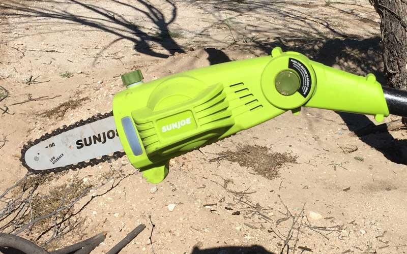 sunjoe-chainsaw-pole-pruner-tilting-head-capability