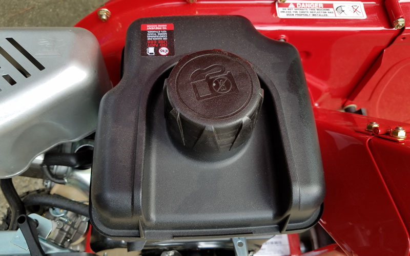 Troy-Bilt Chipper Shredder large fuel tank