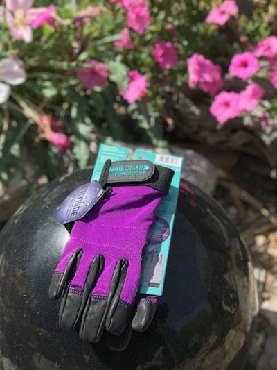 Watson nailguard gloves in garden