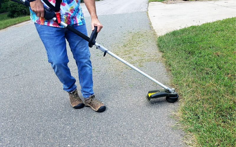 Yard-Force-120v-string-trimmer-edging-walkway