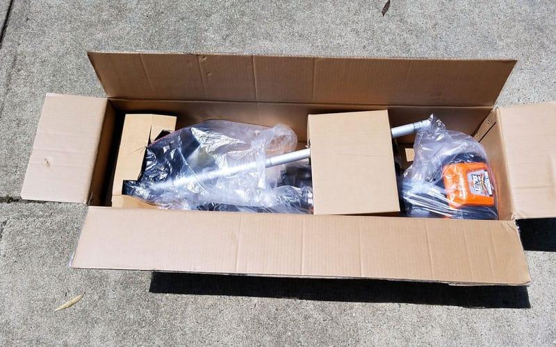 Yard-Force-120v-string-trimmer-packaging