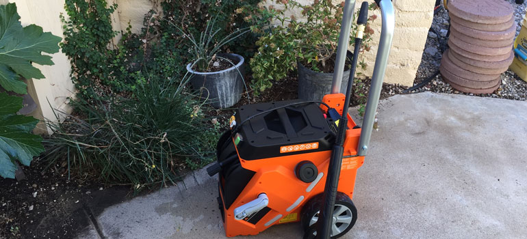 electric pressure washer from Yard Force