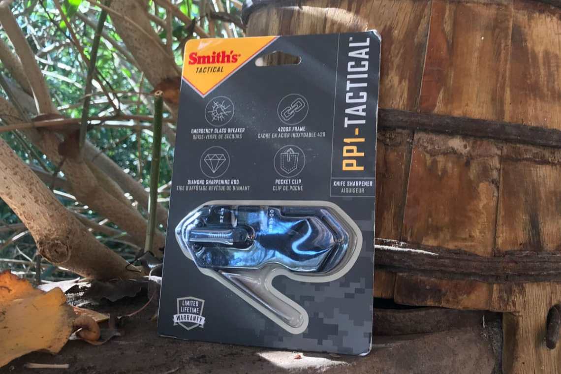smith's p1 tactical sharpener in packaging