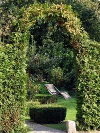 23 Super Cool Backyard Garden Ideas