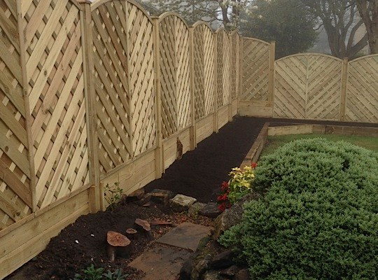 Stylish fencing in Baildon