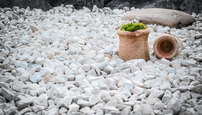 How to Use and Considerations In The Use Of Garden Gravel?