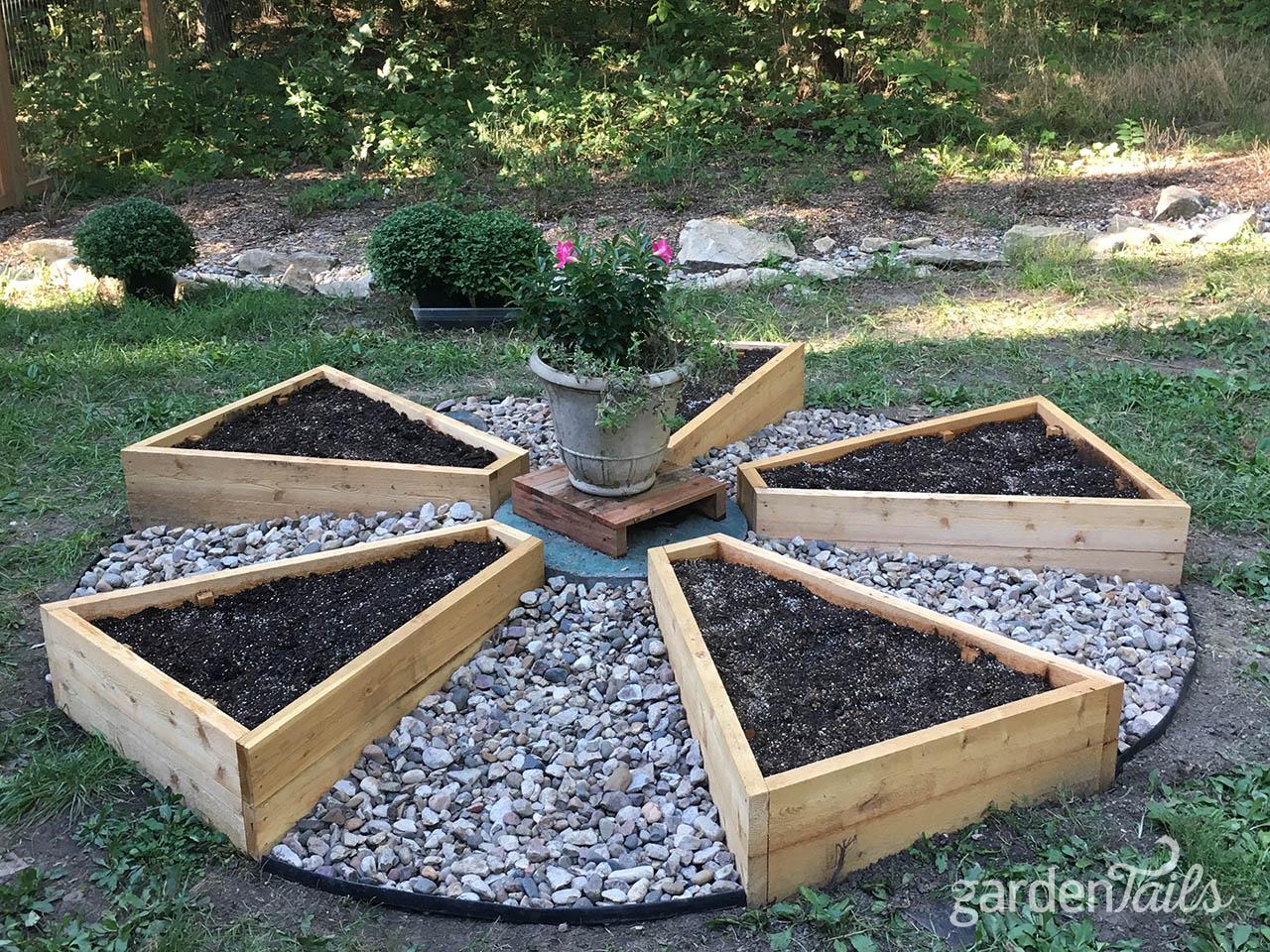 Late Summer Project Raised Garden Beds Gardentails