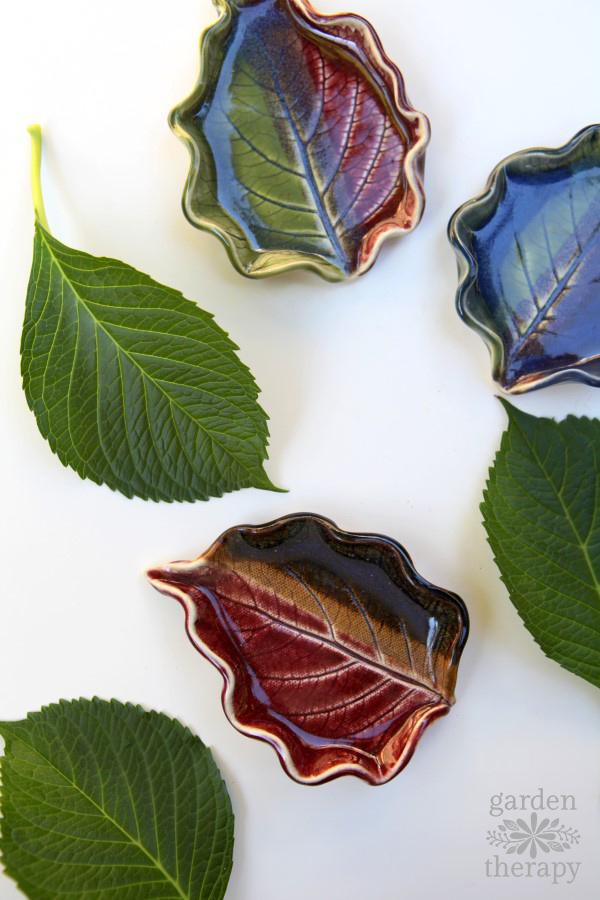stunning clay leaf dishes